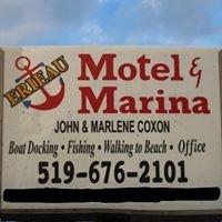 Erieau Motel & Marina