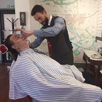 Dan The Barber at The Mens Room