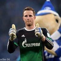 • Ralf Fährmann - FC Schalke 04 •