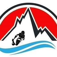 Motogiro tra i passi e i laghi delle Dolomiti