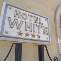 Hotel White ****