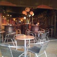 Robbi's bar