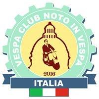 Vespa Club Noto In Vespa