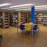 Biblioteca Di Piazza Brembana