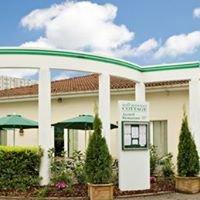 Hôtel -Restaurant Cottage Logis Nancy-Brabois