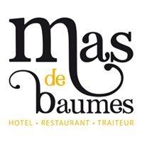 Mas de Baumes - Restaurant La Cour
