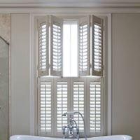 FERAN CHELMSFORD - Shutters Blinds Awnings Curtains