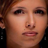 Tyra's Makeup and Glamour