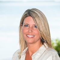 Lisa Ferringo, Broker-Associate, Coldwell Banker Schmitt Real Estate Co.