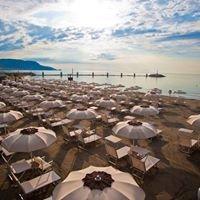 Marina Beach & Restaurant