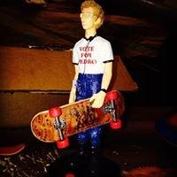 Maxximus Skateboards