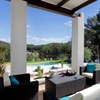 Casas vacacionales en Ibiza. Rox & Ire Agency