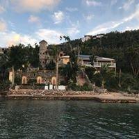 Artistic Villas by Deborah & Donald Schnell