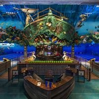Bass Pro Shops - Uncle Buck's Fish Bowl & Grill