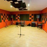 (((dmb))) studios
