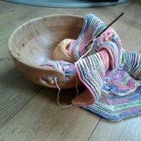 Steves Knitting & Crochet Bowls