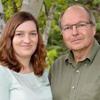 Dr. Brian Lockyer & Dr. Suzanne Lockyer, Optometrists