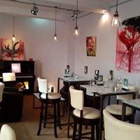 Au Petit Bruxelles - Bar, Andreevskij spusk, 30 & Co