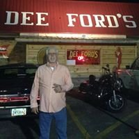 Dee Ford's Bar & Grill
