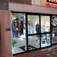WATERS boutique of surfing