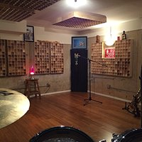 Red Door Recording Studio
