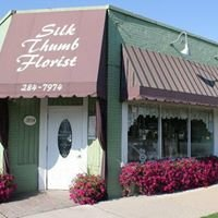 Blush Weddings by Silk Thumb Florist