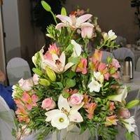Twin Flower Shop (586)-731-4324