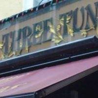 The Three Tuns Pub @ Portman Mews South
