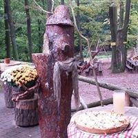 Die Hellerhütte                 Mitten im Herzen der Pfalz