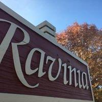 Ravinia Apartments