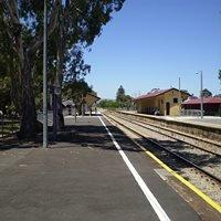 Woodville railway station, Adelaide