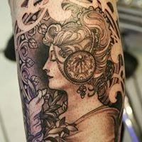 Sakura Tattoo Studio