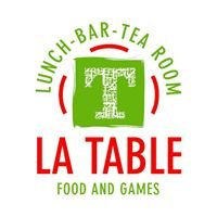 La table food and games