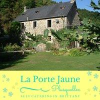 Self Catering in Brittany - La Porte Jaune