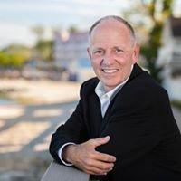 Steve Brien, Realtor, Home Towne Real Estate