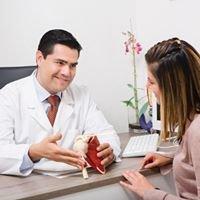 Dr. Ruperto Muñoz  / Ortopedia, Traumatología & Reconstrucción Articular.