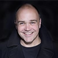 Chris Holland Singer