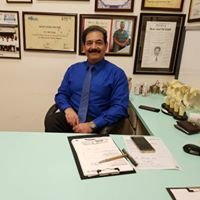 Dr. Prof Anil Arora, KNEE & HIP Surgery Clinic