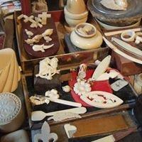 Sculpteur sur ivoire, Annick Colette Ivoirière