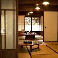 "Japanese Traditional Timber Guesthouse ""Kawanoji"""
