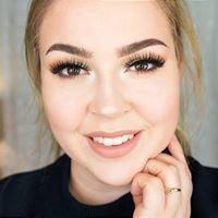 Nadine Olsen Stylist & Makeup Artist