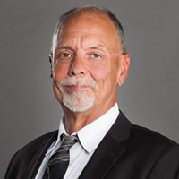 Dave Budny - Real Estate Specialist at ReMax Metropolitan