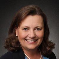 Jo Ellen Munsee, Real Estate Broker