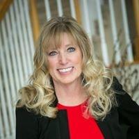 Debi Haning, Realtor    Coldwell Banker/Global Luxury
