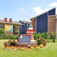 Snug Harbor Apartments