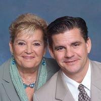 Tina & Ian Hale / I Hale & T Hale Inc.