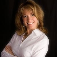 Yvette Gerber Remax equity group Canby