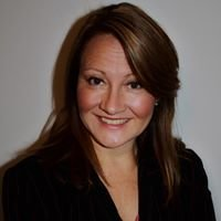 Nichele Cooper, Associate Broker at Leading Edge Real Estate