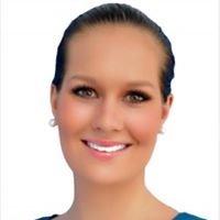 Hannah Barber Property Consultant Hillsea Real Estate Runaway Bay