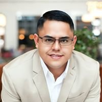 Carlos Banuelos, Real Estate Advisor